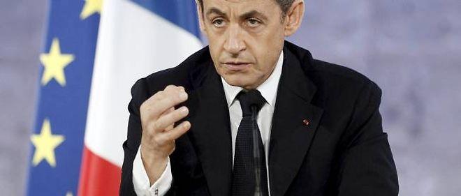 Nicolas Sarkozy s'apprête à présenter aux Français les derniers voeux du quinquennat.