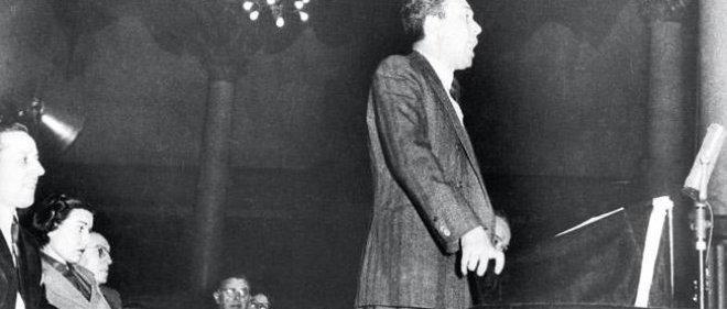 Le 22 février 1952, Camus et Sartre sont réunis une dernière fois, salle Wagram, à Paris, pour protester ensemble contre la condamnation à mort de syndicalistes espagnols par le régime franquiste.