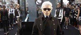 Karl Lagerfeld a présenté sa nouvelle collection capsule. ©Remy de la Mauviniere