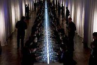 Une table de 70 mètres de long a été dressée pour accueillir 312 convives. ©DR