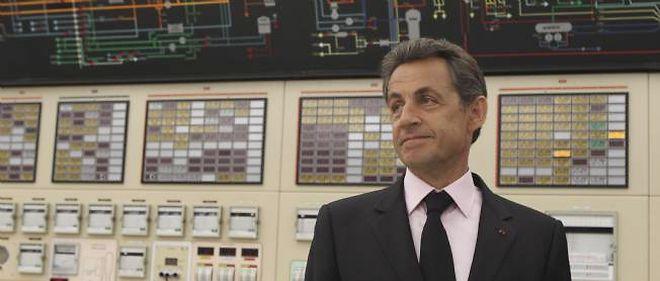 Nicolas Sarkozy défend l'énergie nucléaire face à ses détracteurs.