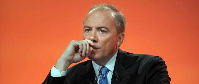 Stéphane Richard, P-DG d'Orange, veut mettre Free sous pression.