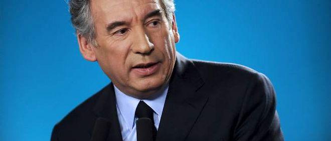 """François Bayrou a souligné, lors d'un déplacement, qu'il lui semblait """"primordial de venir sur le terrain""""."""