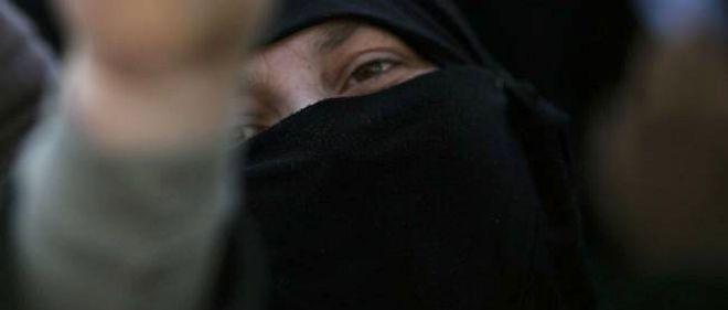 Les violences ont fait plus de 8 500 morts en un an de révolte en Syrie, selon l'OSDH.