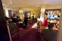 Le Thierry Saveurs, une des deux bonnes tables de la rue Piques ©JEAN-CHRISTOPHE VERHAEGEN/AFP