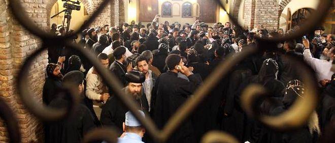 La communauté copte s'est rassemblée pour se recueillir à la mort de Chenouda III.
