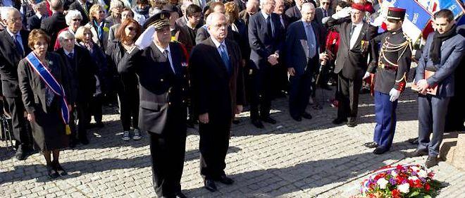 Cérémonie de commémoration à Drancy (Seine-Saint-Denis) pour les 70 ans du départ du premier convoi de Juifs pour le camp d'Auschwitz.