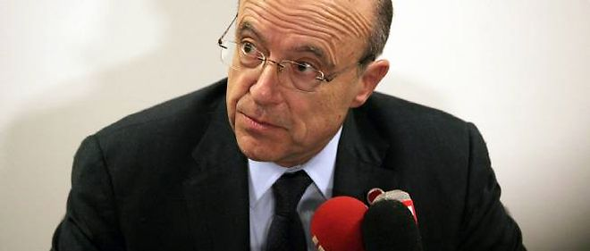 Alain Juppé, le 1er avril, à Istanbul.