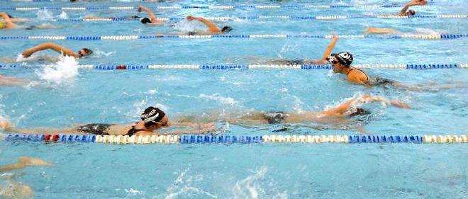 La natation est l'un des sports conseillés aux hémophiles, qui doivent éviter les chocs.