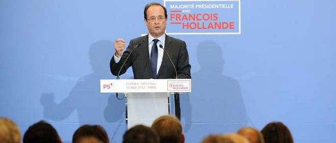 François Hollande devant le Conseil national du PS, lundi.
