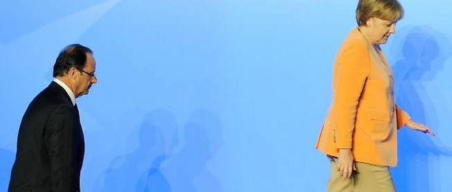 François Hollande et Angela Merkel lors du sommet de l'Otan à Chicago, le 20 mai.