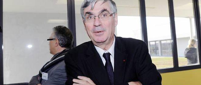 Jean-Paul Herteman, P-DG de Safran, voit son parachute doré et sa retraite chapeau refusés par l'assemblée générale des actionnaires.