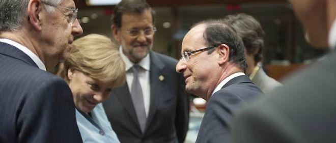 Mario Monti, Angela Merkel, Mariano Rajoy et François Hollande, le 23 mai 2012 à Bruxelles.