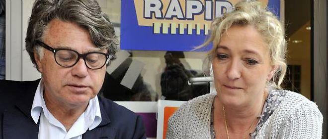 L'avocat Gilbert Collard et Marine Le Pen à Gallician dans le Gard.