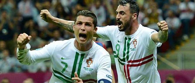 Après deux poteaux, Cristiano Ronaldo offre la victoire à son équipe grâce à une tête à la 79e minute.