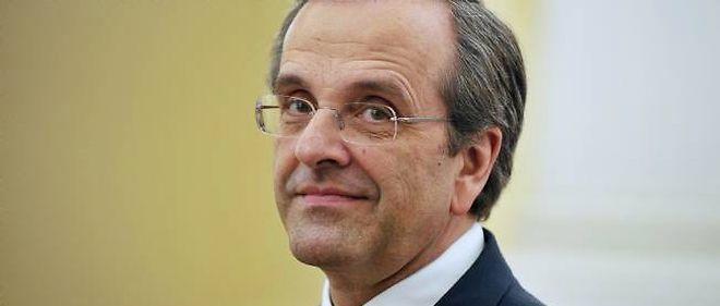 Le Premier ministre grec, Antonis Samaras, a subi une délicate et urgente opération de l'oeil.