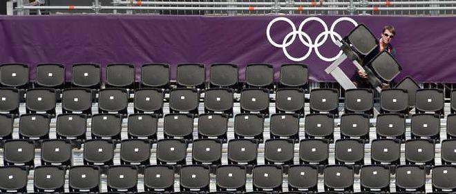 Samedi, plusieurs sites n'étaient que partiellement occupés, notamment la piscine olympique et le club de Wimbledon, où se déroule le tournoi de tennis (photo d'illustration).