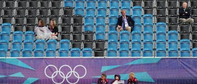 Des sièges vides lors de compétitions officielles des JO de Londres.