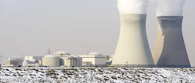 La centrale nucléaire de Doel, en février 2012.