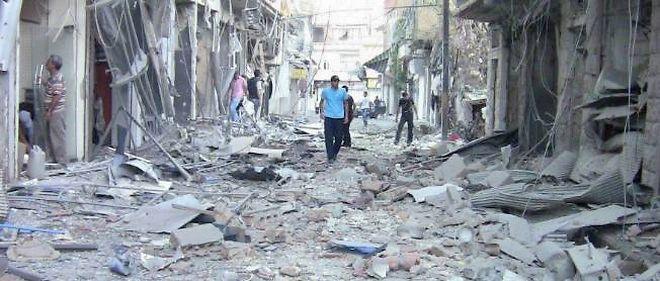 Les bombardements ne laissent que des décombres.