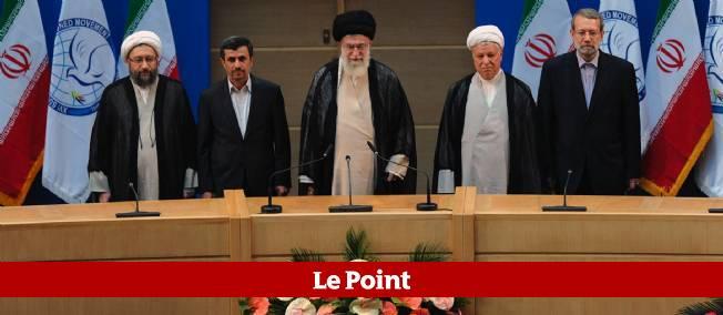 Les principaux dirigeants iraniens, jeudi matin à Téhéran.