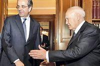 Le président grec, ici en compagnie du Premier ministre conservateur, Antonis Samaras. ©Andreas Solaro