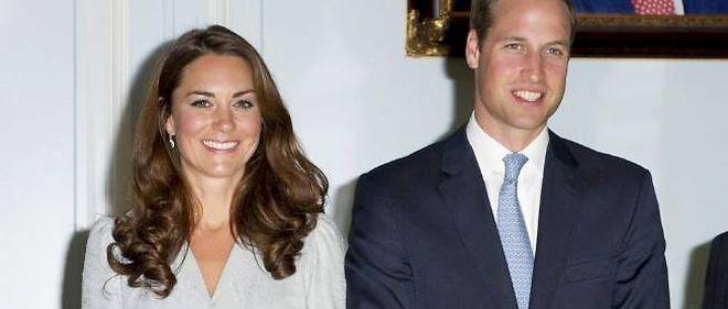 """Kate Middleton et le prince William sont outrés de la publication par """"Closer"""" de photos de la duchesse de Cambridge seins nus."""