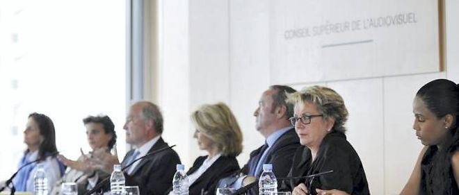Le CSA en conférence de presse.