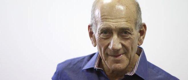 L'ex-Premier ministre israélien Ehud Olmert a été condamné pour corruption lundi à une peine d'un an de prison avec sursis.