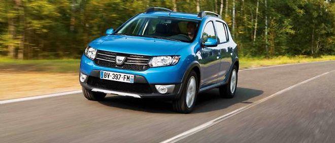 """Dacia révèle au Mondial de l'auto la déclinaison Stepway """"baroudeuse"""" de sa nouvelle Sandero"""