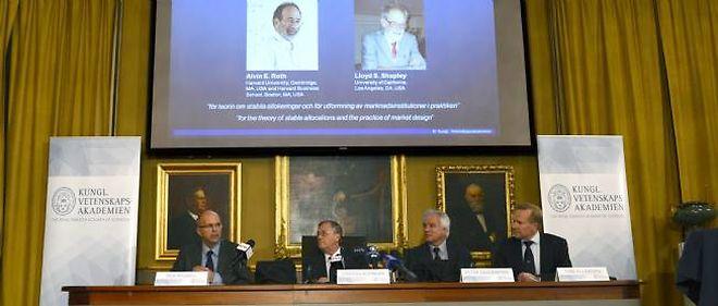 La conférence de presse de l'annonce des lauréats du prix Nobel d'économie 2012.