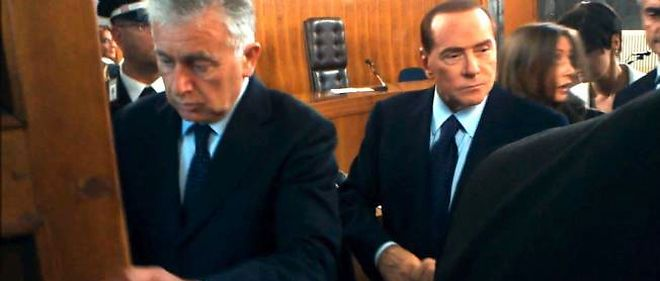 Silvio Berlusconi à Milan, vendredi 19 octobre.