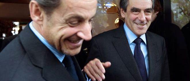 """La porte-parole du gouvernement, Najat Vallaud-Belkacem, a dénoncé vendredi """"le cynisme absolu"""" de Nicolas Sarkozy qui, a reconnu François Fillon, avait demandé au président du directoire de PSA Peugeot Citroën de reporter son plan social."""