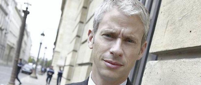 Le député UMP de Seine-et-Marne, favorable au mariage homosexuel, espère un débat dépassionné autour du texte qui sera discuté en janvier au Parlement.