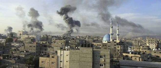 Frappes israéliennes le 21 novembre sur les tunnels de contrebande à la frontière entre l'Égypte et la bande de Gaza. En une semaine, le bilan s'établit à 136 victimes palestiniennes et 5 israéliennes.