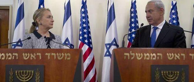 La secrétaire d'Etat américaine Hillary Clinton  et le Premier ministre israélien Benjamin Netanyahu