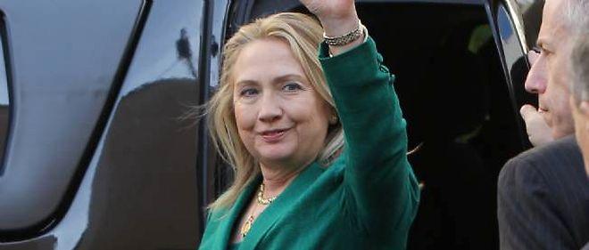 Hillary Clinton est en Égypte pour évoquer les tensions au Proche-Orient.
