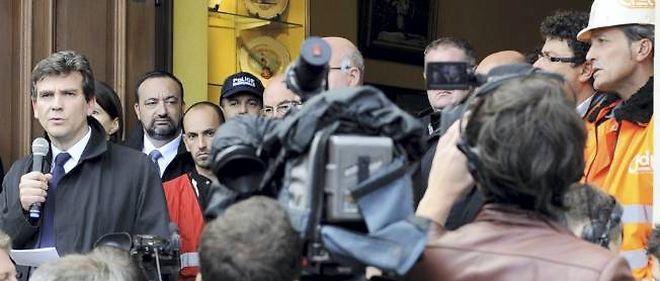 Arnaud Montebourg, fin octobre à Florange, s'adresse aux salariés.