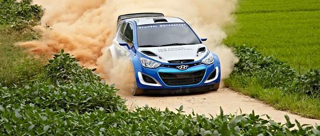 Après quelques séances d'essai sur la terre, Hyundai nous a conviés à monter à bord de la i20 WRC sur les pistes de son centre d'essai de Namyang.