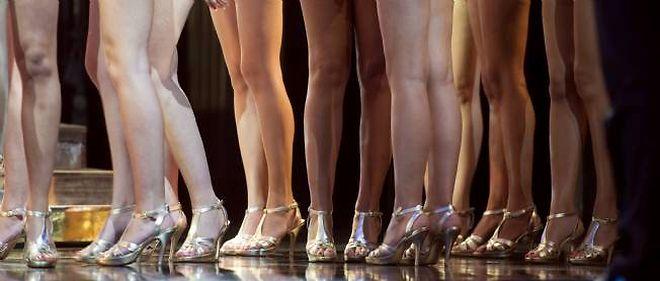 """""""Miss France doit avoir quelque chose dans la tête et un corps qui la soutienne !"""" estime le président du jury Alain Delon."""
