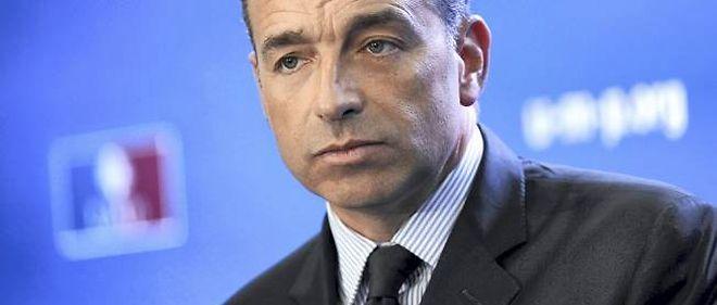 Pas question pour Jean-François Copé d'aller au-delà de sa proposition d'organiser un nouveau vote après les municipales de 2014, comme le lui demandent François Fillon et des non-alignés.
