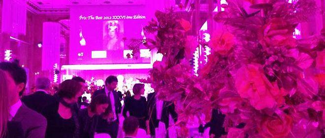 Dans les Salons Hoche, à l'occasion du gala du prix The Best, de Massimo Gargia.