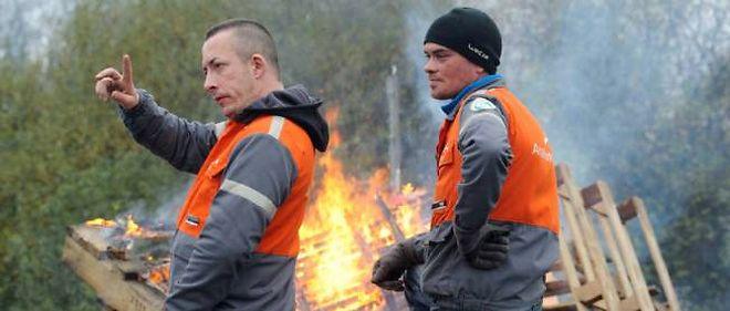 Des salariés d'ArcelorMittal en grève