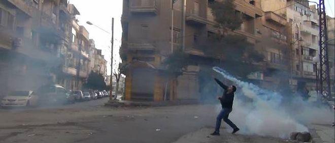 L'OSDH cite des militants qui affirment que six rebelles ont péri après avoir inhalé un gaz inodore tiré par les forces gouvernementales (photo d'illustration).