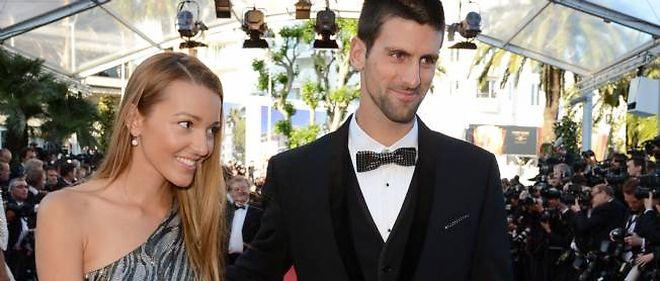 En 2012, Novak Djokovic, ici avec Jelena Ristic sur le tapis rouge du Festival de Cannes, a frôlé la barre des 10 millions d'euros de gains en tournoi.