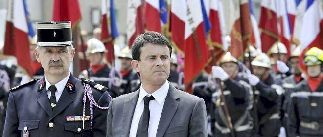 Manuel Valls a assuré que le nombre de voitures brûlées le 31 décembre serait rendu public.