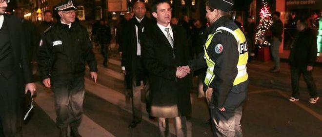 MAnuel Valls a donné le chiffre des véhicules brûlés le soir de la Saint-Sylvestre.