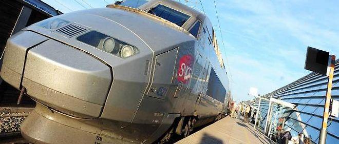 Un TGV en gare d'Avignon en 2010.