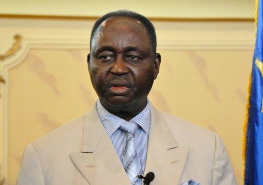 Le president centrafricain Francois Bozize est arrive lundi a Brazzaville pour un entretien avec son homologue congolais Denis Sassou Nguesso, mediateur de la crise entre Bangui et la rebellion du Seleka.