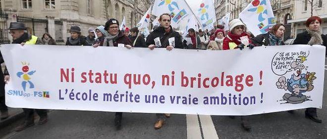 Le 22 janvier, manifestation à Paris contre la réforme des rythmes scolaires conçue par Vincent Peillon. La grève a été suivie à 80 %.